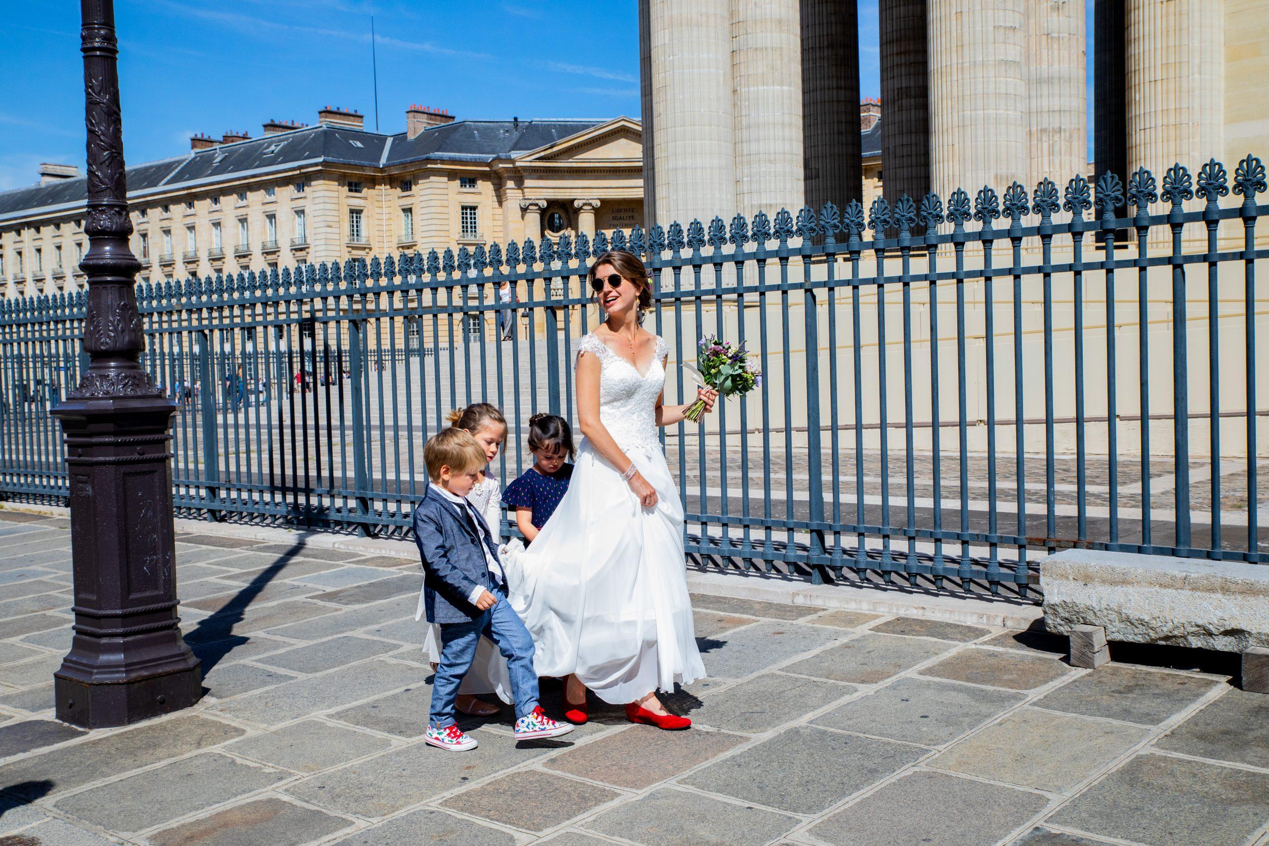 Photographe mariage civil - Paris - Photographe mariage - Paris - Montpellier - Nice - original - Mariage Ile de France - Réception mariage - Mariage Jardins des plantes - Paris