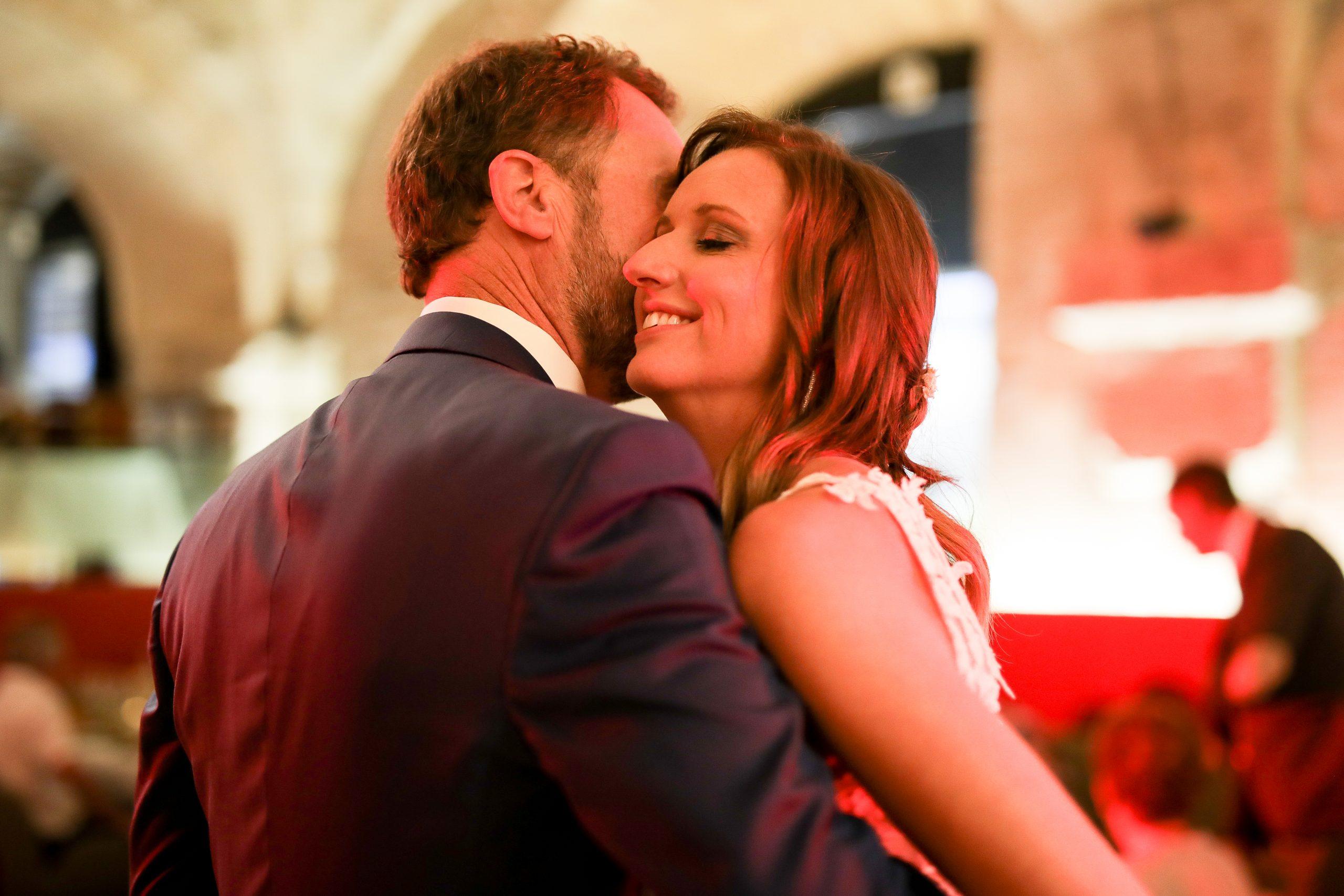 Photographe mariage - Hôtel de Bourgtheroulde - Rouen - Séance couple - mariage France -