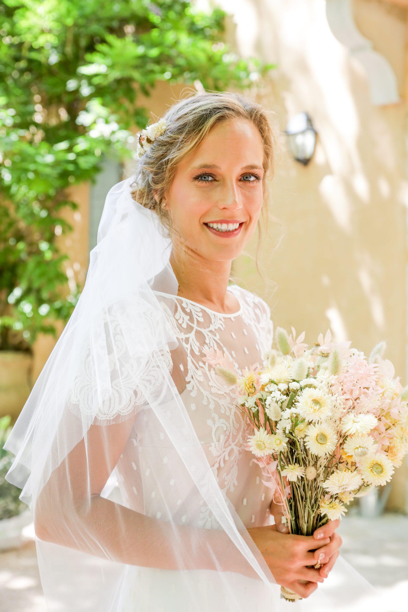 Photographie mariage - Photographe mariage - Paris- Montpellier - Nice - original - couché du soleil - Mariage Hérault - robe de mariée - bouquet de fleurs