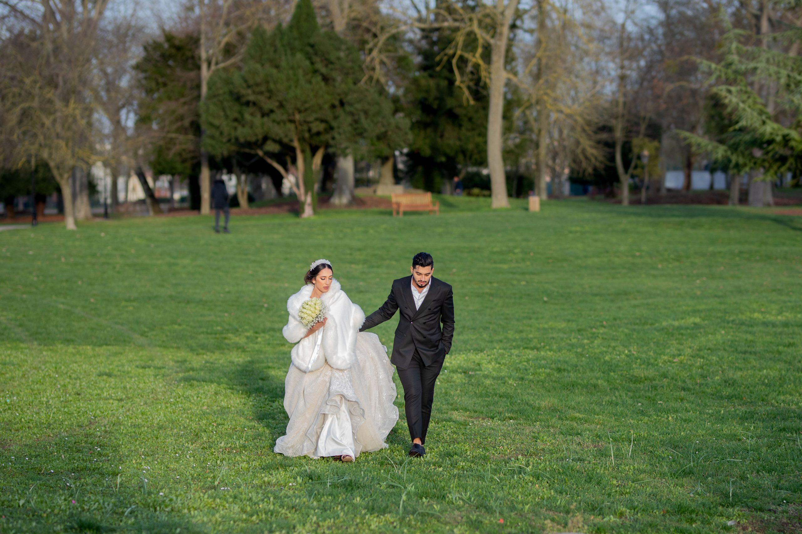 Mariage Ile de France - Photographe Ile de France original - mariage intime - séance couple - Paris