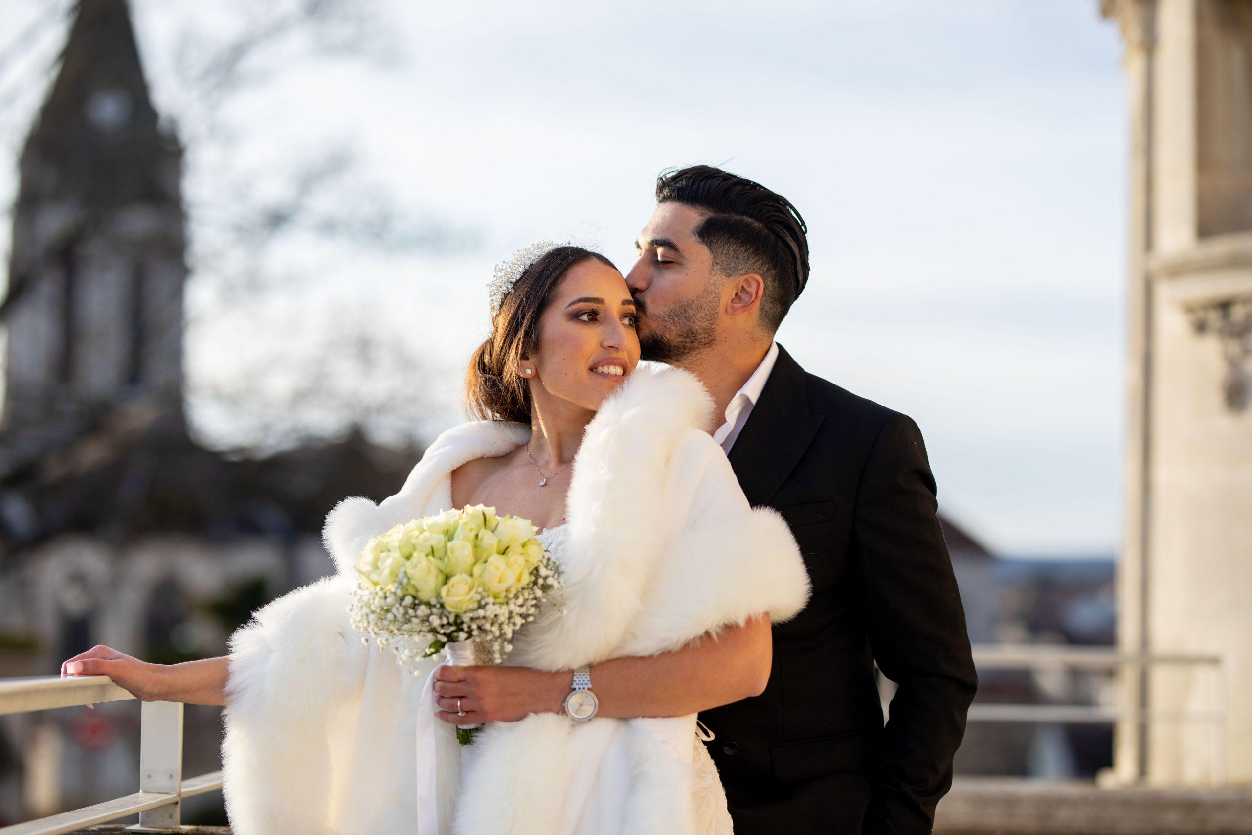 Mariage civil Ile de France - Photographe mariage Ile de France original - mariage intime - séance couple - Paris