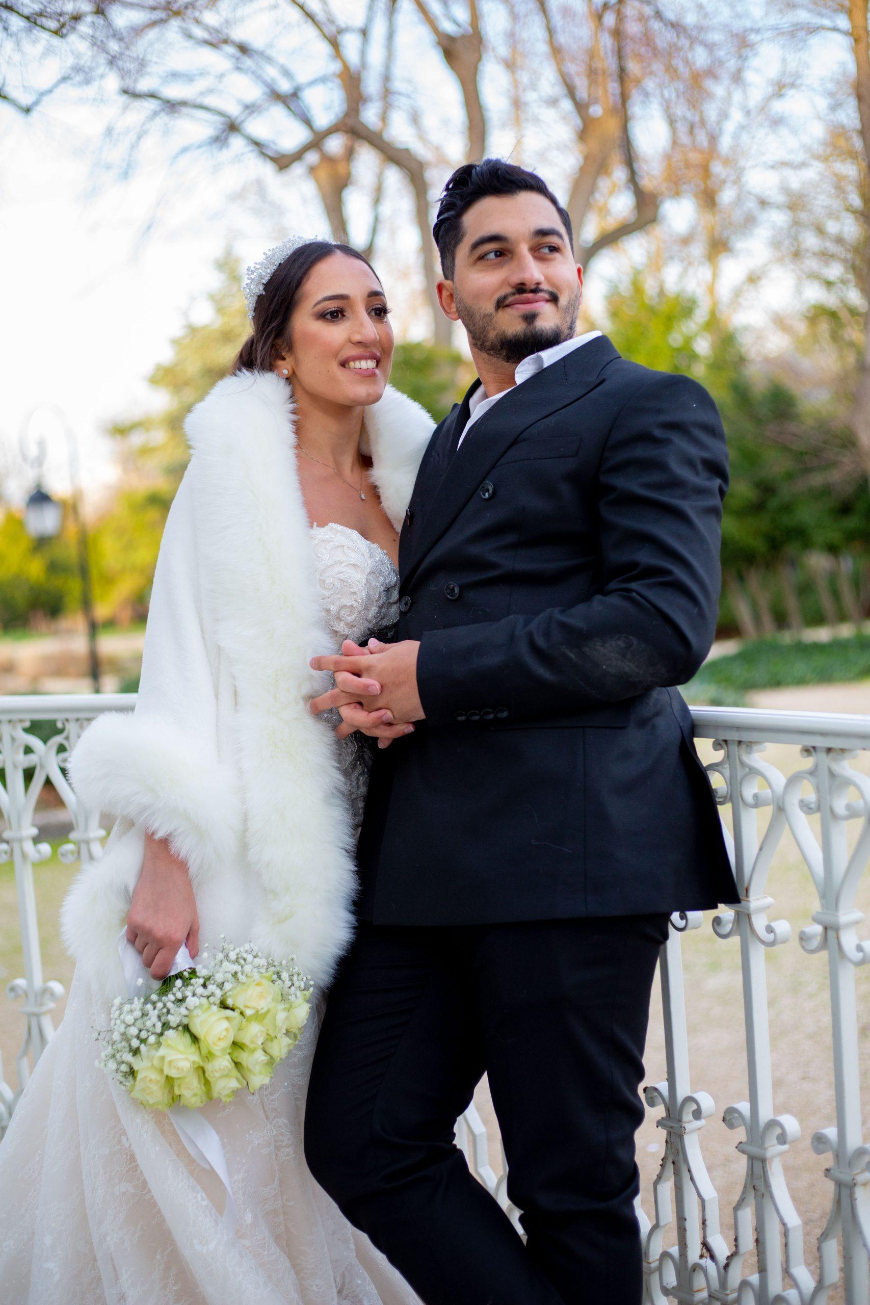 Mariage civil Ile de France - Photographe mariageIle de France original - mariage intime - séance couple - Paris